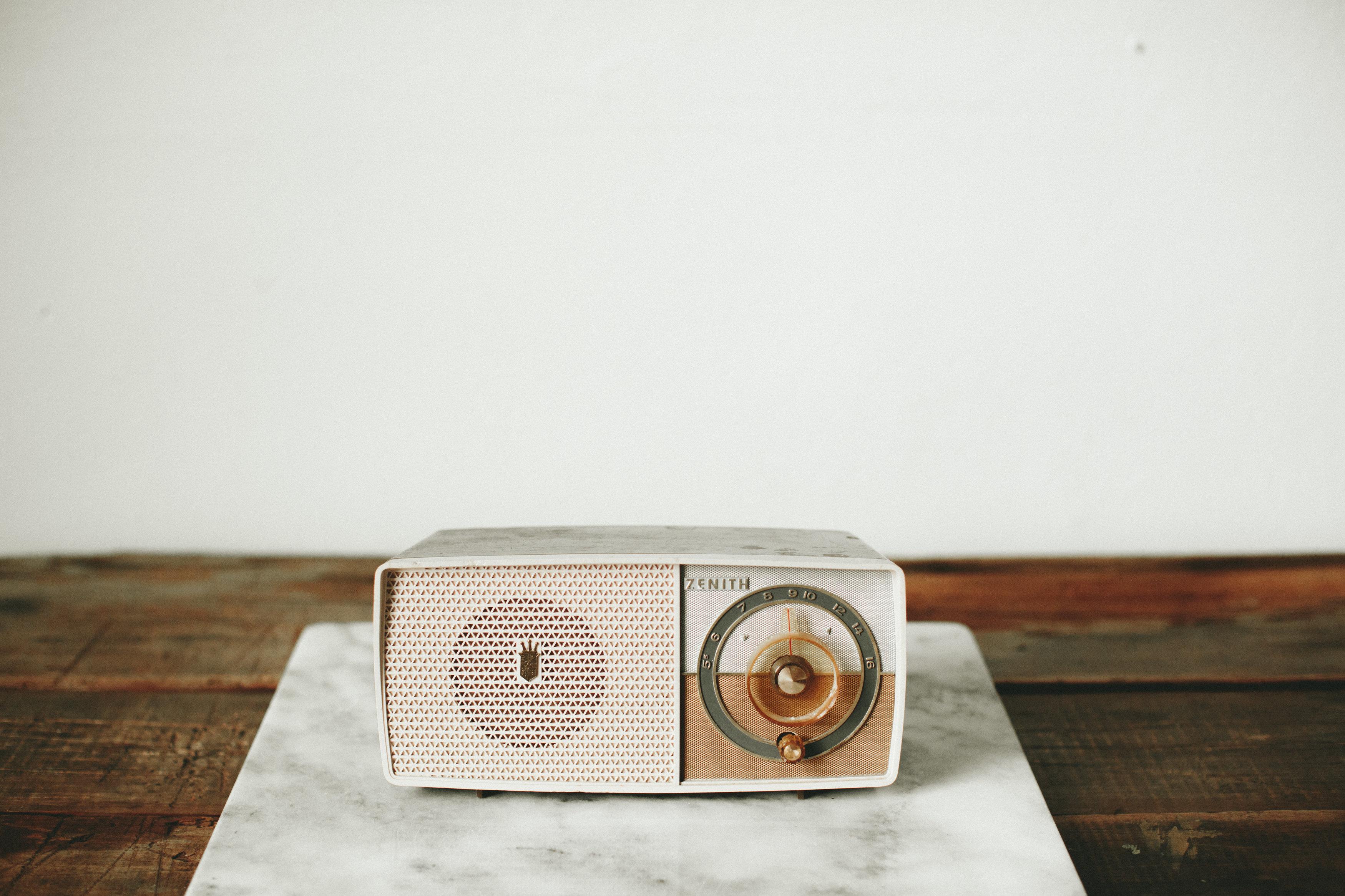 PINK AM RADIO