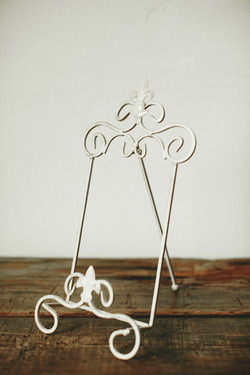 TABLE TOP HOLDER
