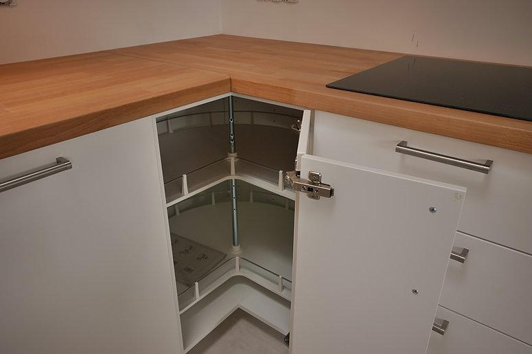 rangement angle cuisine. Black Bedroom Furniture Sets. Home Design Ideas