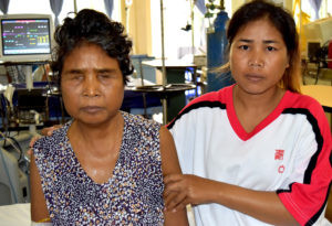 NEVER GIVE UP: A DAUGHTER HELPS HER MOTHER GET TREATMENT