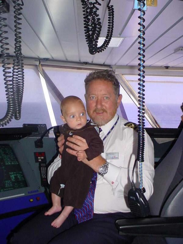 Captain Simon Mills