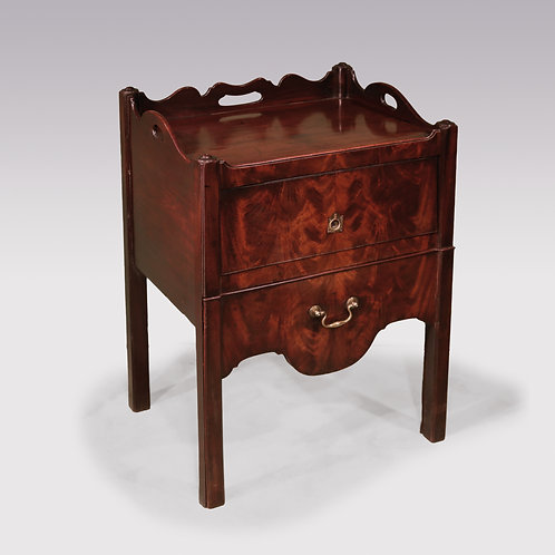 18th Century Mahogany Bedside Cabinet