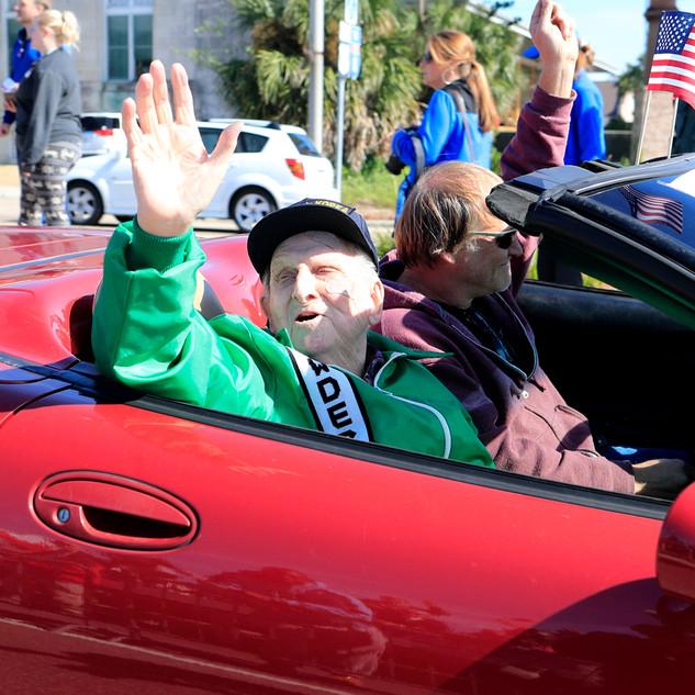 Veterans-Day-Parade_01.jpg