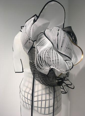 paperdress-detail-1.jpg