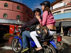 2:00pm: Viaje en mototaxi