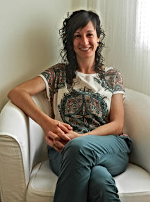 psicologia i psicoterapia a Girona. Centre sanitari Anna Alamo Verdura: Psicòloga i psicoterapeuta. Anna Alamo Verdura: Psicòloga general sanitària, col·legiada núm. 20902