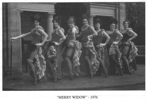 merry widow - 1976