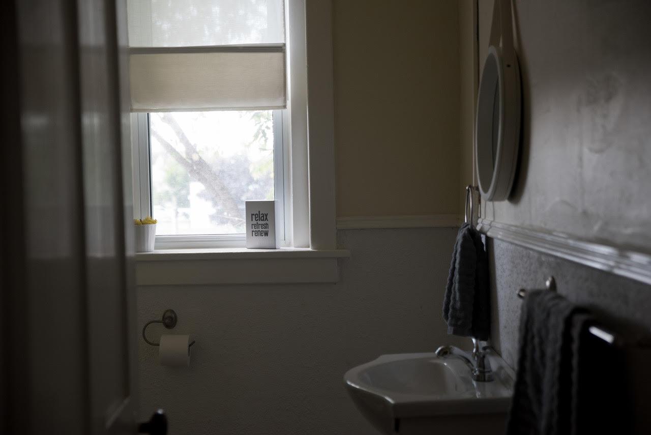 bathroom twb