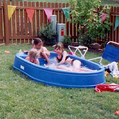 2000 Kids in the Pool.jpg