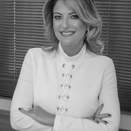 Luciana Monduzzi Figueiredo (PUC-SP)