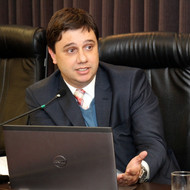 Marco Félix Jobim (PUC-RS)