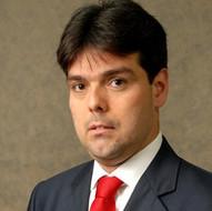 Luciano Vianna Araújo (PUC-RIO)