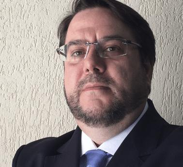 William Santos Ferreira (PUC-SP)