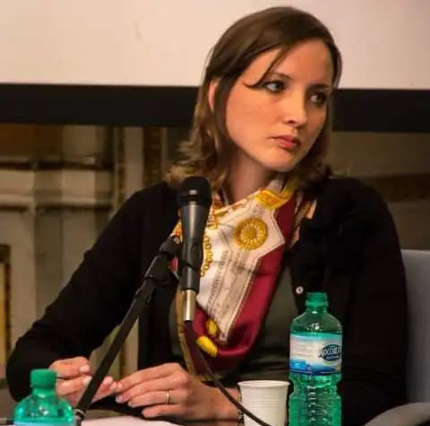 Aline Beltrame de Moura (UFSC)