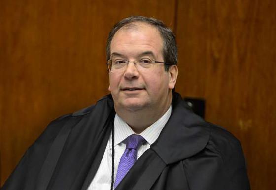 Ricardo Villas Bôas Queva (STJ)