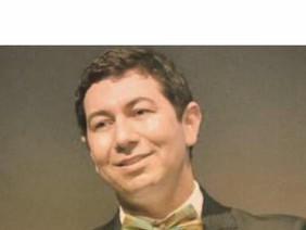 Henderson Fürst (editor grupo gen)