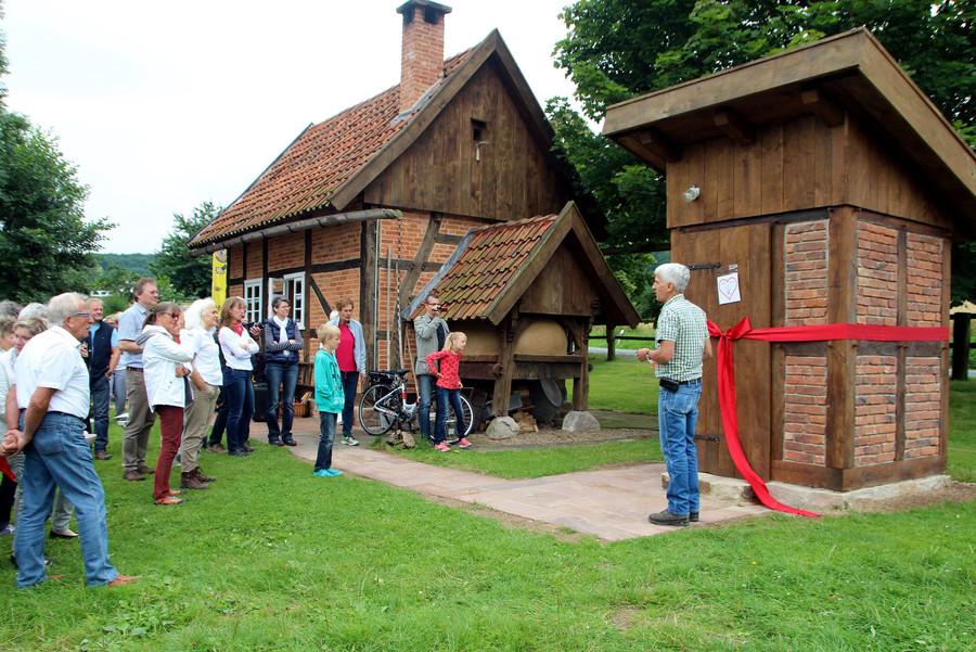 Dorfgemeinschaft Göstrup Toilettenhaus-Einweihung