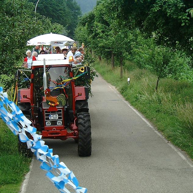 Dorffest 2003 Fertig für den Umzug
