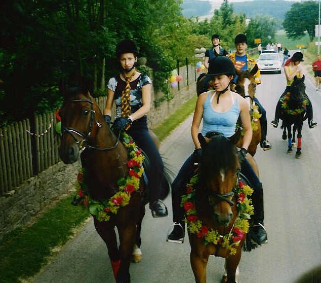 Dorffest 2003 Reitergruppe