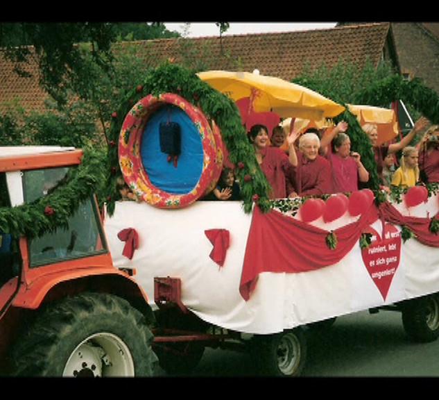 Dorffest 2003 Muttertagswagen
