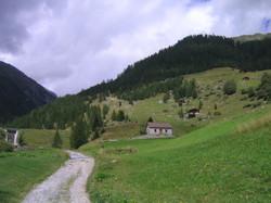 Au-dessus du village