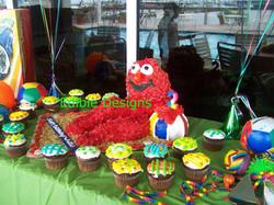 Life size Elmo