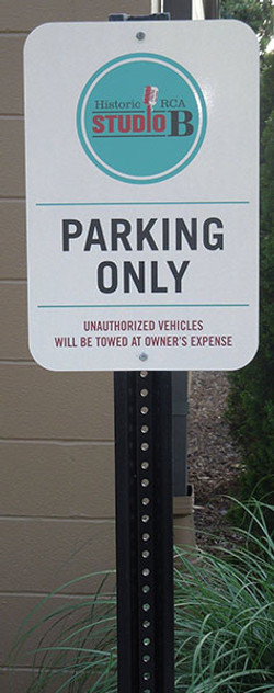 Studio-B-Parking-Sign