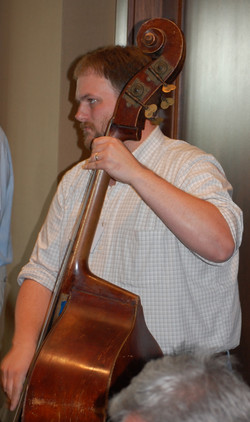 26-Travis-Stimeling-Pickin-On-Bass