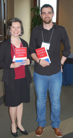 01 Linda Daniel (Canada) and Vincent Cherre (France) With International Country Music Journal ICMC 2
