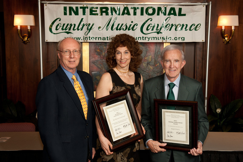 ICMC 2011. L To R. Don Cusic.   Belmont Country Music Book of the Year Honoree Bar Biszick-Lockwood