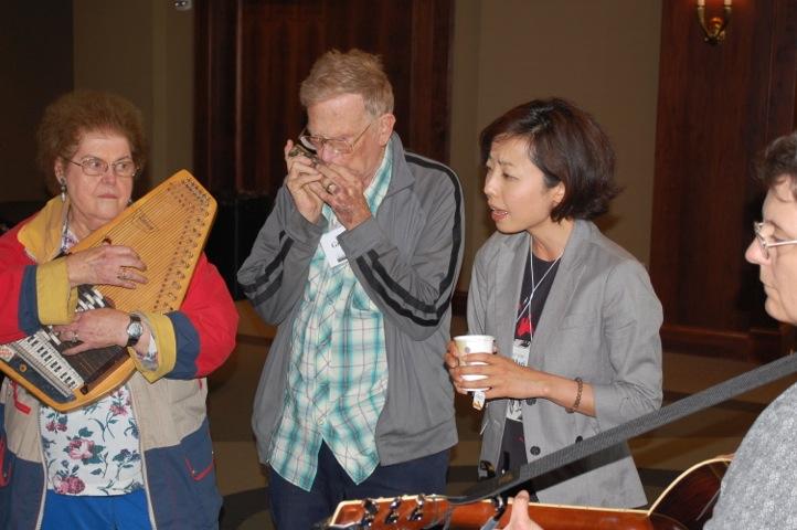 07 Pickin At ICMC 2013. Bettye Kash, Graham Kash, Maria Nagatomi, Karen Raizor
