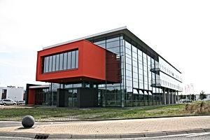 Solarlux nieuwbouw kantoor Nijverdal Van der Linde Architecten