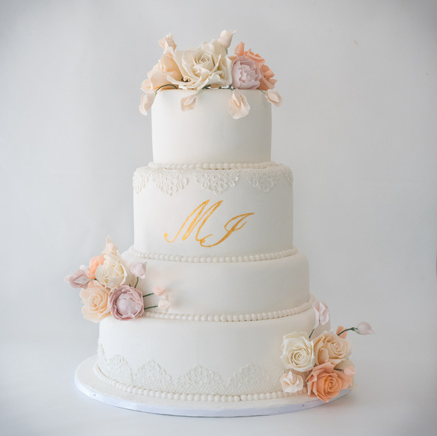 Virginia Main Cake 4-2.jpg