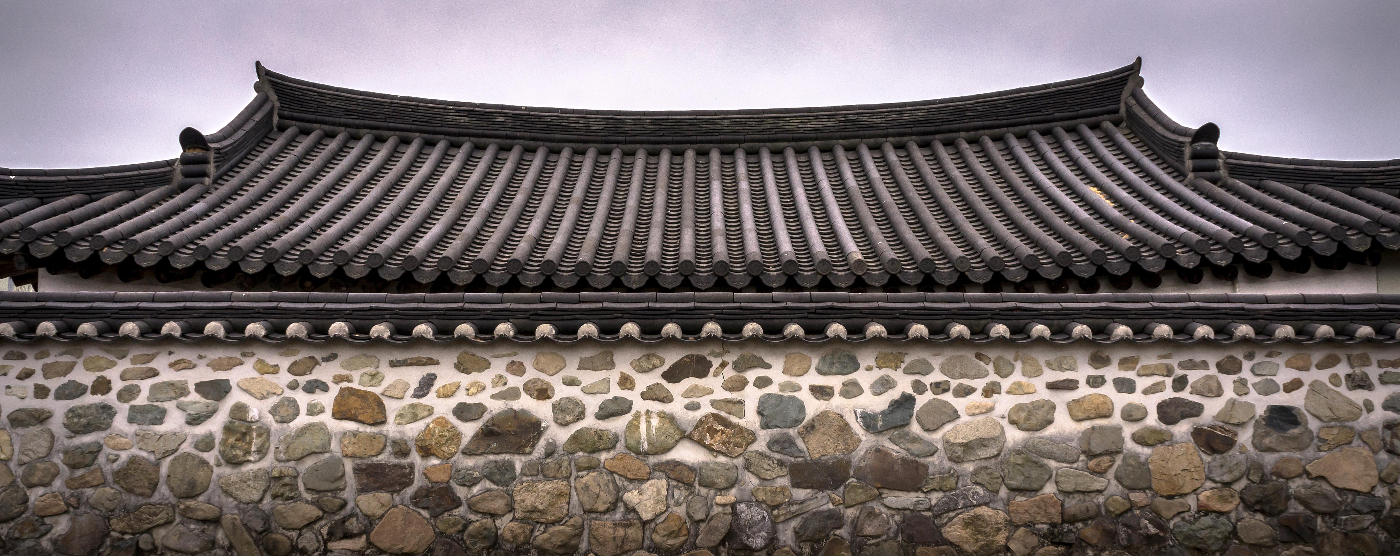 roof-tile-2159267