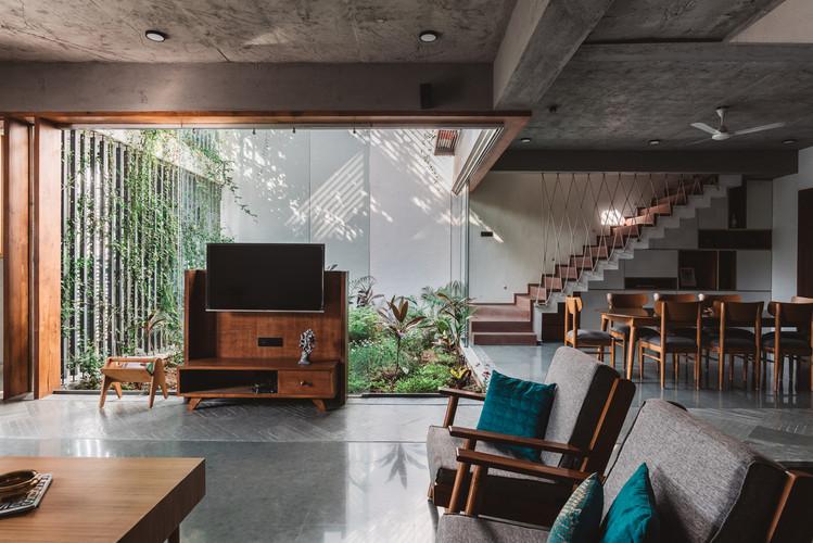 Living_room_area.jpg