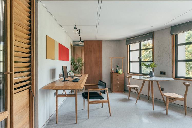 15 Principal architects workspace.jpg