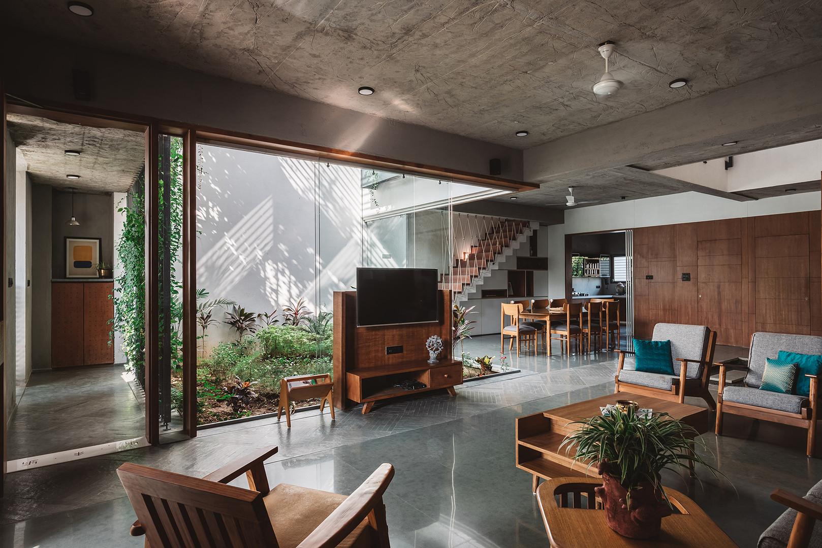 02 Living - foyer - dining.jpg