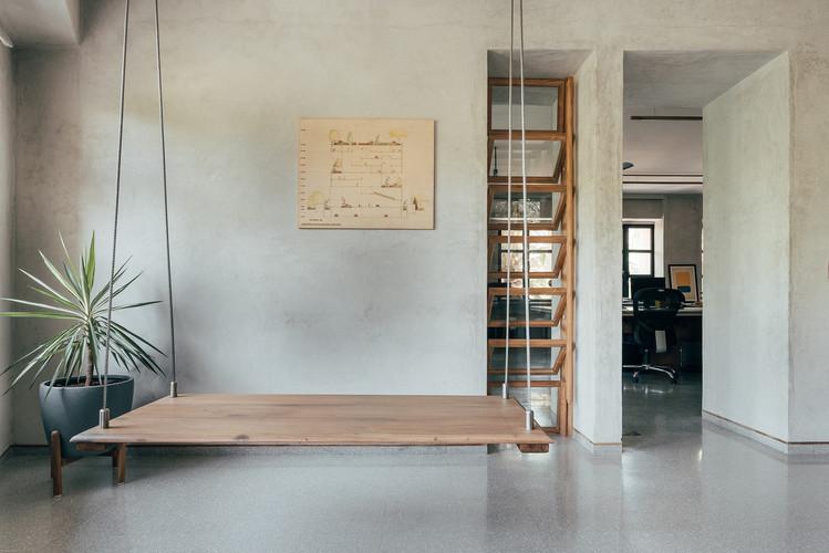08 Principal architects cabin.jpg