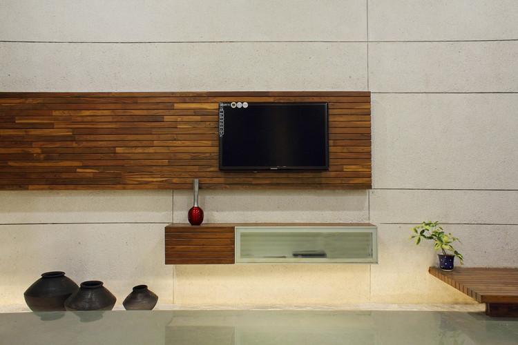 03 living room-tv unit.jpg