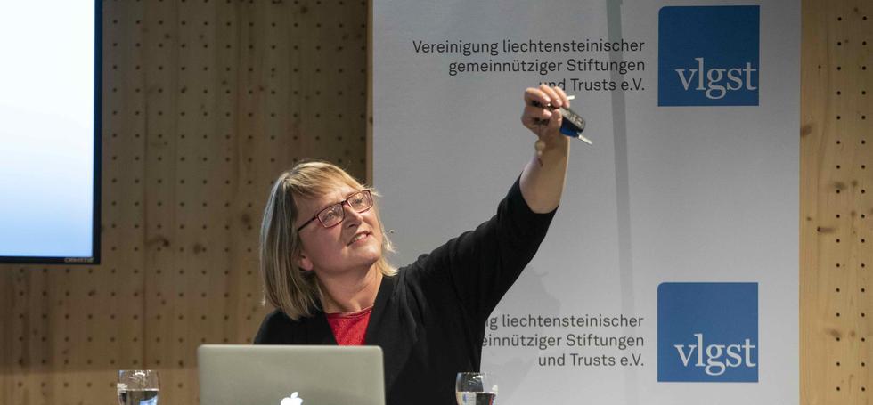 Keynote «Wie Social Entrepreneurs die Welt gestalten und verändern» von Karin Haselböck, Leadership Team Ashoka Europe.