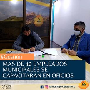 MAS DE 40 EMPLEADOS MUNICIPALES SE CAPACITARAN EN OFICIOS
