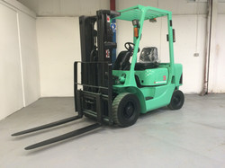 Mitsubishi FD25K Diesel Forklift