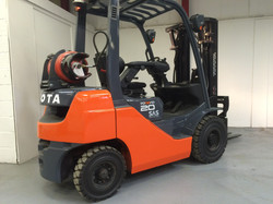 Toyota 8FGF20 LP Gas Forklift