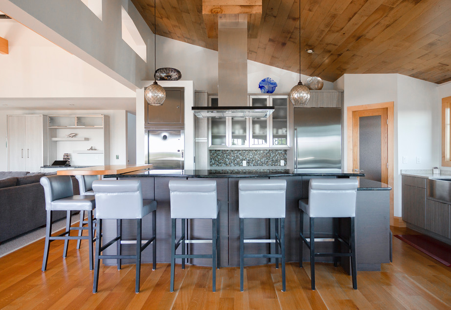 Real Estate Kitchen 1.8 Million