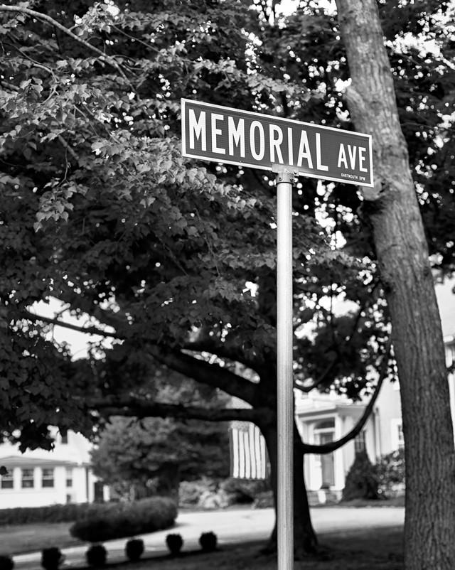 _05A0311 Memorial Ave 2.jpg
