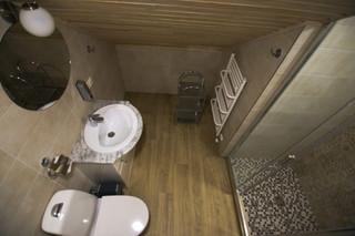 Antras aukštas dušas ir wc