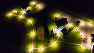 TrioVilla vaizdas iš oro nakty