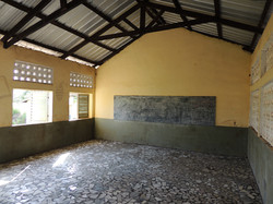 Après la rénovation de la salle de classe