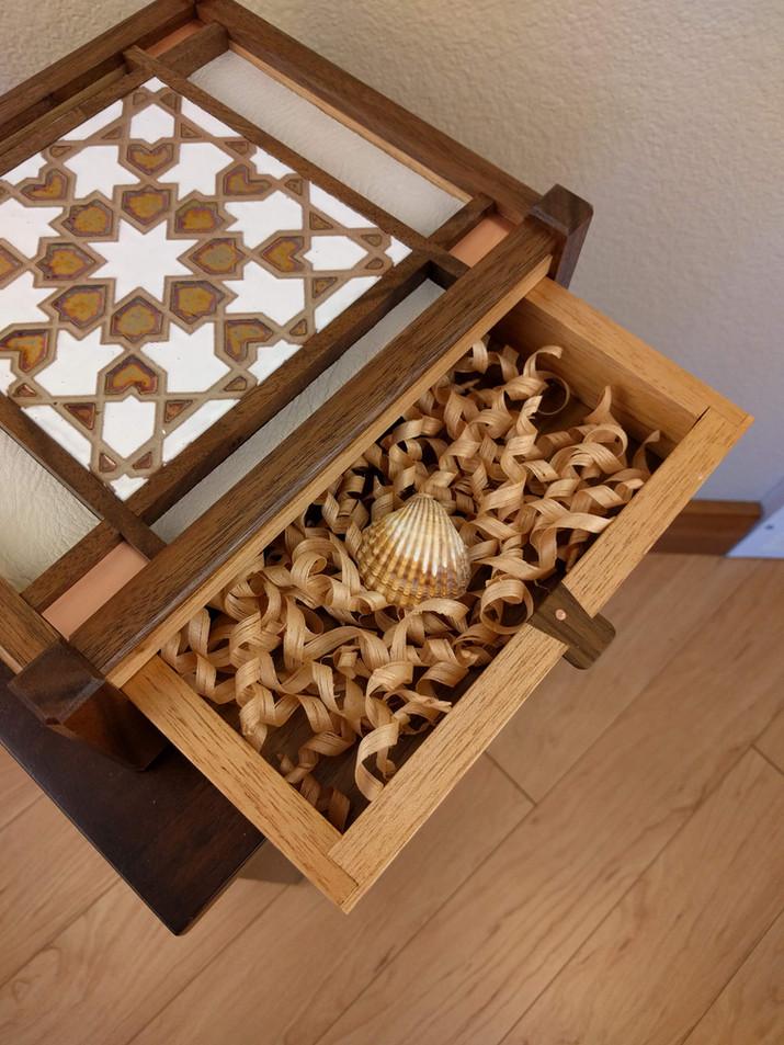 Alhambra Keepsake Box Detail