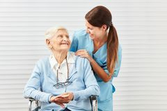A Importância do enfermeiro no cuidado do idoso